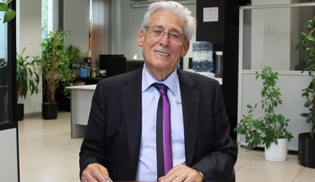Dr Carlos Nogueira